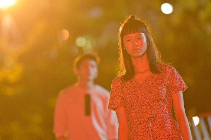 艾電影|《哈囉少女》- 人間如島嶼,冷暖皆自知|短評心得